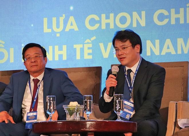 """Thứ trưởng Trần Quốc Phương chia sẻ tại hội thảo """"Lựa chọn chính sách phục hồi kinh tế Việt Nam giai đoạn Covid-19"""", được tổ chức sáng nay tại TP.HCM."""
