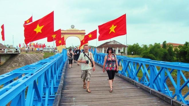 """Đề án tổ chức """"Festival vì hòa bình"""" nhằm tôn vinh các giá trị của hòa bình, chuyển tải thông điệp về hòa bình của nhân dân Việt Nam và các dân tộc yêu chuộng hòa bình trên toàn thế giới."""