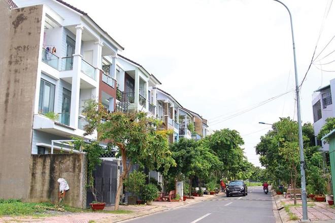 Dự án Khu nhà ở Phước Long B (quận 9, TP.HCM) đã được chuyển nhượng với giá rẻ, gây thiệt hại nghiêm trọng cho Nhà nước. Ảnh: Lê Toàn