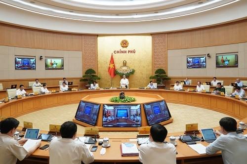 Phiên họp Chính phủ thường kỳ tháng 8/2020 (Ảnh: VGP)