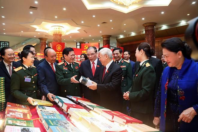 Quân đội là chỗ dựa vững chắc, tin cậy của Đảng, Nhà nước và nhân dân ảnh 2
