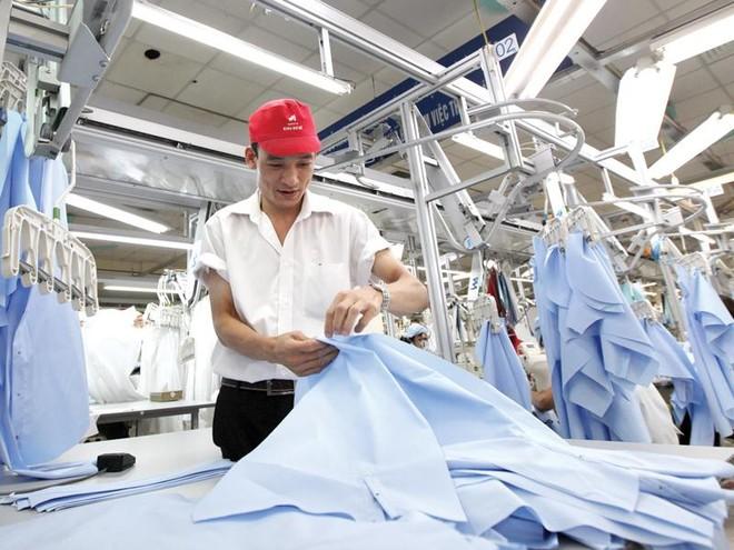 Thặng dư thương mại dệt may 9 tháng năm 2020 đạt 13,76 tỷ USD, giảm 12,11% so với cùng kỳ.