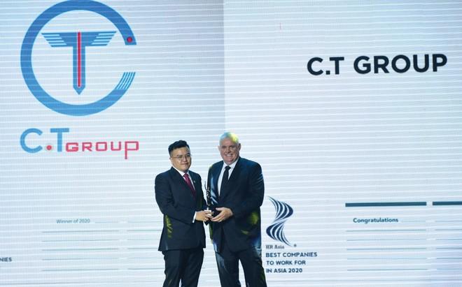 """C.T Group nhận danh hiệu """"Nơi làm việc tốt nhất châu Á"""""""