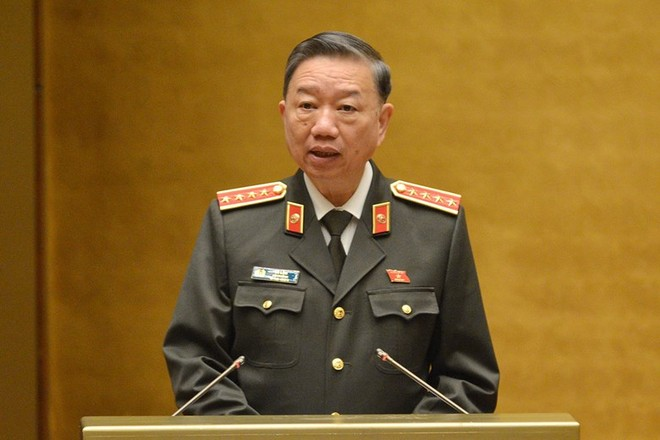 Bộ trưởng Bộ Công an Tô Lâm trả lời kiến nghị của cử tri về tình hình tội phạm công nghệ thông tin.