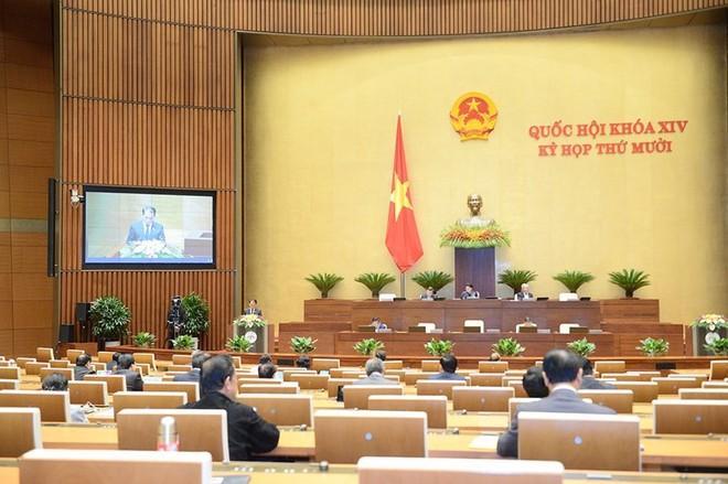 Quốc hội hảo luận về dự án Luật Cư trú tại kỳ họp thứ 10.