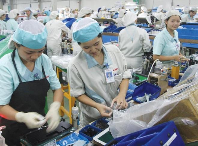 Sản xuất tại Nhà máy Canon Việt Nam (Đông Anh, Hà Nội). Ảnh: Đức Thanh