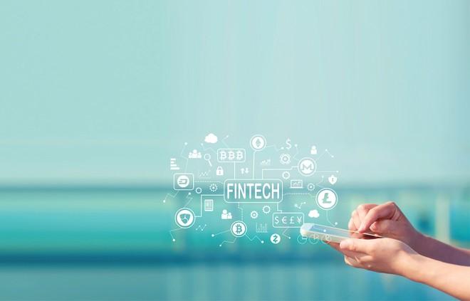 Các sản phẩm, dịch vụ ngân hàng số hiện chưa thực sự đa dạng về chủng loại, mức độ ứng dụng công nghệ còn thấp. Ảnh: Shutterstock
