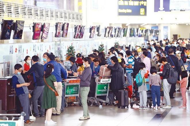 Trong khi thị trường quốc tế đóng băng, doanh nghiệp du lịch tập trung thu hút khách nội địa. Ảnh: Đ.T