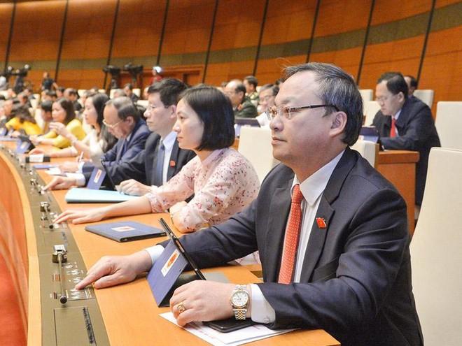 Một phiên họp toàn thể của Quốc hội tại kỳ họp thứ 10.