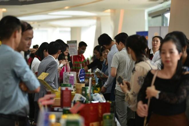 Đông đảo doanh nghiệp, địa phương tham gia Hội nghị giao thương kết nối cung cầu hàng hóa giữa thành phố Hà Nội và các tỉnh, thành phố năm 2020