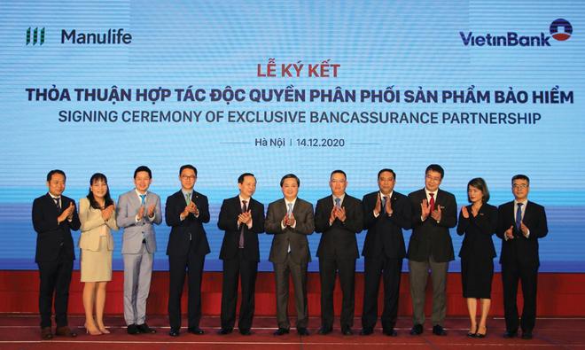 Manulife Việt Nam hợp tác với VietinBank: Đòn bẩy để tiến xa hơn
