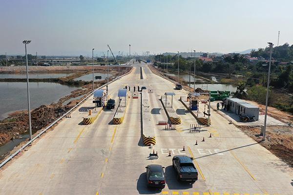 Vận hành trạm thu phí cao tốc Hạ Long - Vân Đồn tại nút giao Việt Hưng ảnh 1