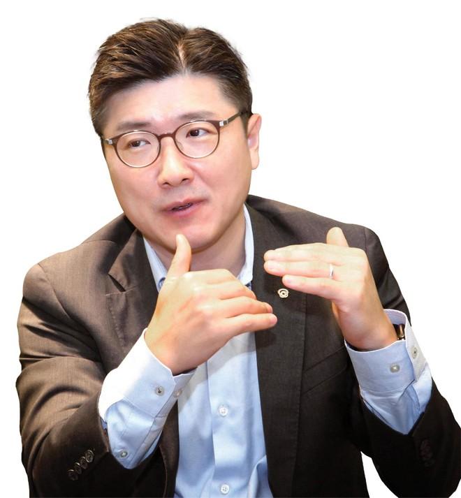 CEO Hanwha Life Việt Nam: Tôi chọn đứng đầu về tăng trưởng bền vững ảnh 1
