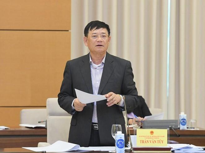 Trưởng ban Công tác đại biểu thuộc Ủy ban Thường vụ Quốc hội, ông Trần Văn Tuý.