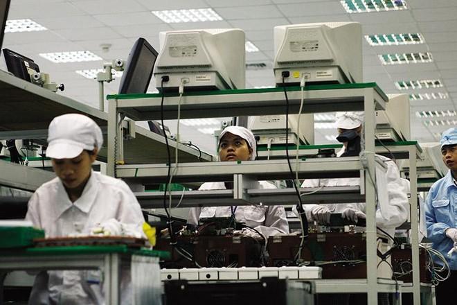 Dây chuyền sản xuất tại nhà máy của Công ty Foxconn ở tỉnh Bắc Giang. Ảnh: Đức Thanh