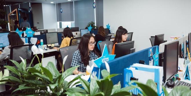 Ảnh minh hoạ: Lao động Việt Nam làm việc tại công ty tuyển dụng nhân sự Nhật Bản, có văn phòng tại TP.HCM.