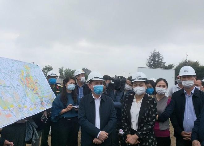 Bộ trưởng Bộ Giao thông Vận tải cùng đoàn công tác kiểm tra tiến độ thi công dự án thành phần cao tốc Bắc Nam phía Đông, đoạn Cao Bồ-Mai Sơn và Mai Sơn-Quốc lộ 45.