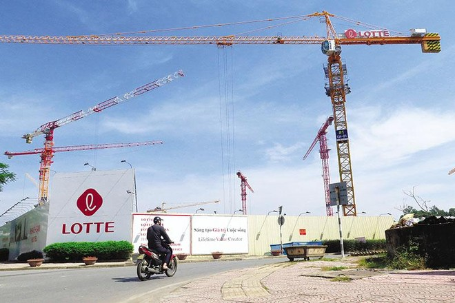Lotte đã chính thức được phép tiếp tục thực hiện Dự án Lotte Thủ Thiêm (TP.HCM), bên cạnh Dự án Lotte Mall tại Hà Nội đang được triển khai (trong ảnh). Ảnh: Chí Cường
