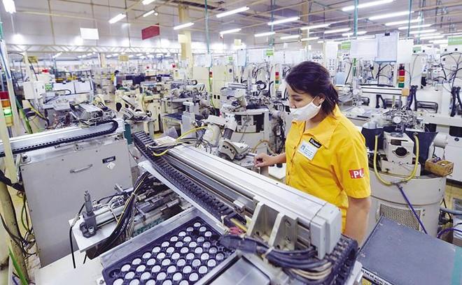 Công ty TNHH Nghiên cứu kỹ thuật R Việt Nam (vốn đầu tư Nhật Bản) tại tỉnh Hòa Bình. Ảnh: Đức Thanh