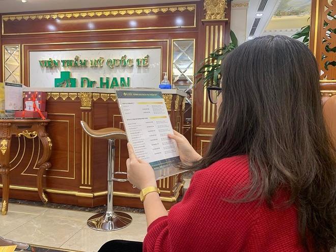 Tư vấn dịch vụ tại Thẩm mỹ viện D.H (Trần Duy Hưng, Cầu Giấy, Hà Nội).