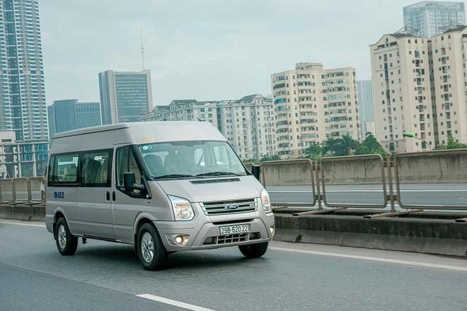 Ford Transit tăng bảo hành tới 200.000 km