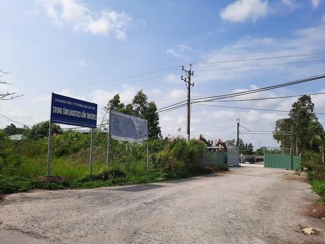 Một trung tâm logistics ở Cần Thơ hoang tàn, đìu hiu. Ảnh: Hữu Phúc