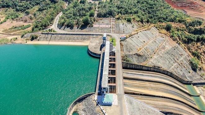 Công trình đập của Nhà máy thủy điện Ialy. Ảnh: tung fdy
