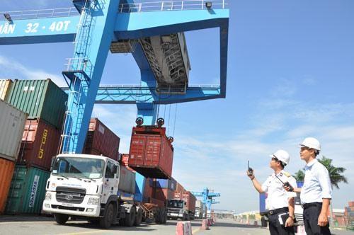 Xuất khẩu của Việt Nam tăng rất mạnh nhờ tận dụng được một loạt FTA, trong đó có các FTA thế hệ mới như CPTPP, EVFTA.