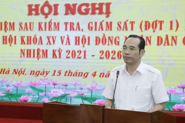 Ông Phan Văn Vượng, Phó Trưởng ban Dân chủ - Pháp luật, UBTƯ MTTQ Việt Nam thông tin về kết quả kiểm tra, giám sát tại Hội nghị (Ảnh Quang Vinh)