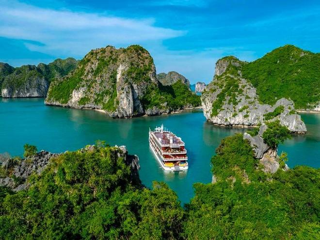 """Đứng cạnh """"người khổng lồ"""", du lịch Cát Hải vẫn hút nhà đầu tư, du khách ảnh 2"""