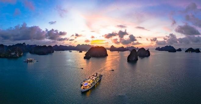 """Đứng cạnh """"người khổng lồ"""", du lịch Cát Hải vẫn hút nhà đầu tư, du khách ảnh 4"""