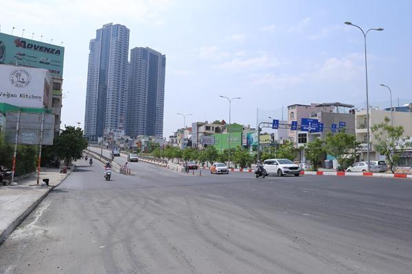 Cận cảnh tuyến đường Nguyễn Hữu Cảnh trước ngày thông xe