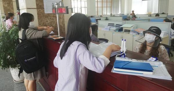 Tính đến trưa ngày 4/5/2021, cơ quan thuế Hà Nội đã tiếp nhận 98% hồ sơ quyết toán thuế TNCN so với dự kiến, trong đó, trên 60% số hồ sơ được nộp qua phương thức điện tử