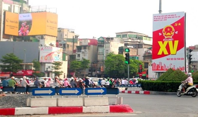 """Hà Nội """"thay màu áo mới"""" chào mừng ngày hội toàn dân ảnh 3"""