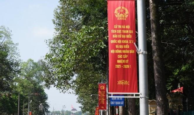 """Hà Nội """"thay màu áo mới"""" chào mừng ngày hội toàn dân ảnh 7"""