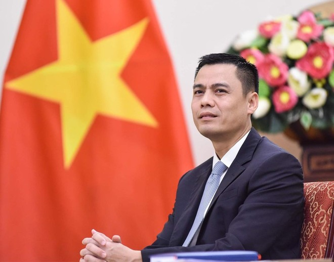 Thứ trưởng Bộ Ngoại giao kiêm giữ chức Chủ tịch Ủy ban Quốc gia UNESCO Việt Nam