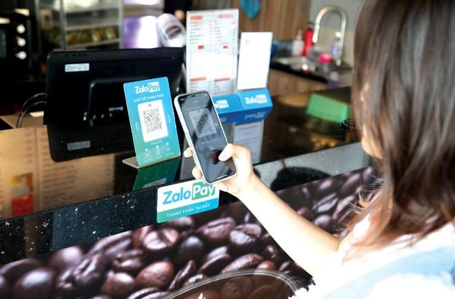 ZaloPay đã liên kết trực tiếp với 19 ngân hàng để nạp/rút tiền, liên kết với 20 ngân hàng hỗ trợ nạp tiền thông qua cổng Napas