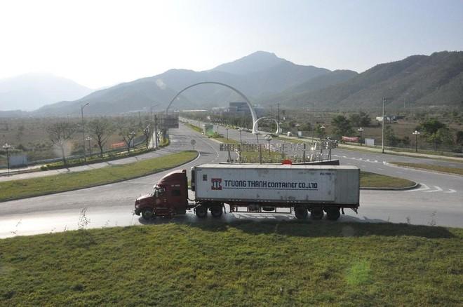 Đầu tư tuần qua: Đề xuất 3.500 tỷ làm đê cảng Bãi Gốc; 19.500 tỷ làm cao tốc Buôn Ma Thuột-Nha Trang ảnh 2