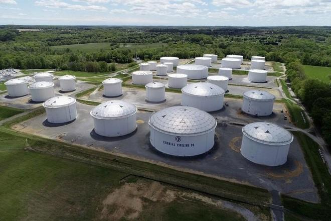 Trạm đầu mối nhiên liệu Dorsey của công ty Colonial Pipeline ở bang Maryland, Mỹ. Ảnh: Reuters