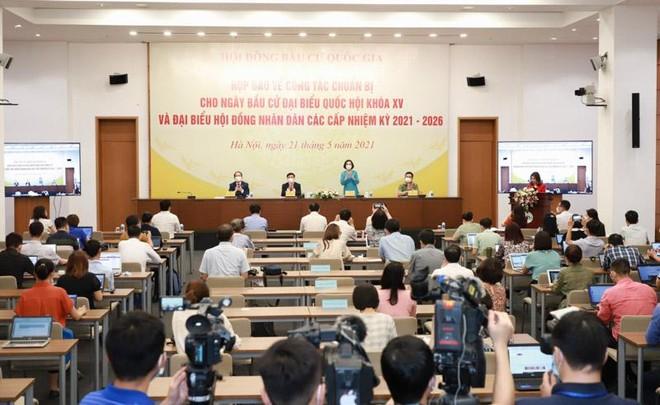 Hội đồng Bầu cử Quốc gia họp báo về công tác chuẩn bị bầu cử (Ảnh- Duy Linh) .