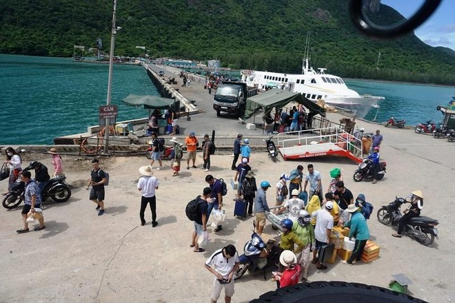 Tạm dừng quy hoạch các bến cảng dịch vụ hàng hải, dầu khí tại huyện Côn Đảo