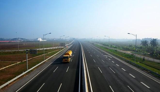 """Xây dựng 5.000 km đường cao tốc - cuộc cách mạng về hạ tầng giao thông: (Kỳ IV) Những gợi mở quý từ """"Việt Nam thu nhỏ"""""""