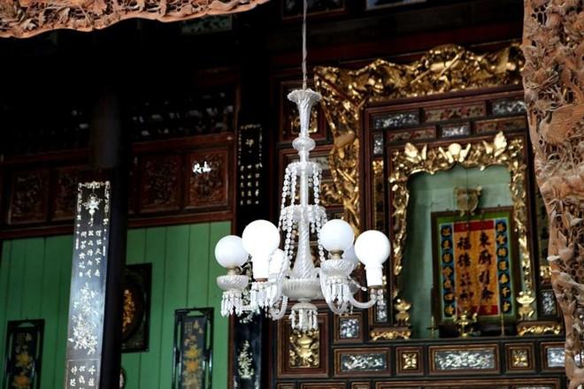 Vẻ quyến rũ của ngôi nhà cổ đẹp nhất xứ Tây Đô ảnh 12