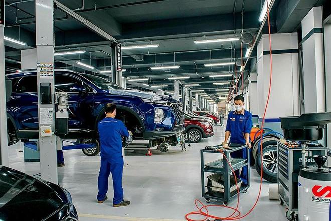 Doanh nghiệp ngành ô tô mong muốn chính sách thuận lợi để tiếp tục đầu tư. Trong ảnh: Sản xuất tại TC Motor