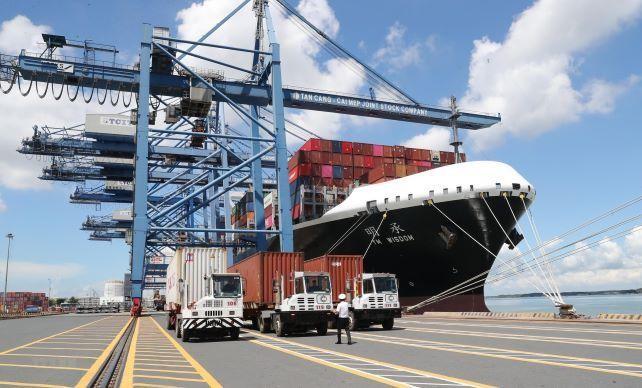 Tổng kim ngạch xuất nhập khẩu hàng hóa 7 tháng đầu năm 2021 đạt 373 tỷ USD.