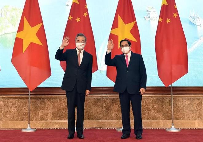 Thủ tướng Phạm Minh Chính tiếp Bộ trưởng Ngoại giao Trung Quốc Vương Nghị chiều 11/9 (Ảnh: BNG)