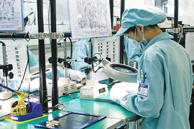 Ngành điện tử có nhiều tiềm năng tăng trưởng, nên thời gian qua, các nhà đầu tư liên tục mở rộng sản xuất. Ảnh: Đức Thanh