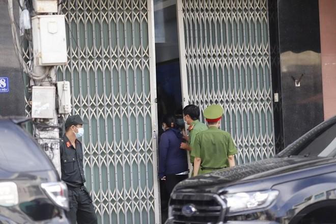 Bắt giam ông Lê Văn Dẽ, nguyên Giám đốc Sở Xây dựng Khánh Hòa ảnh 1