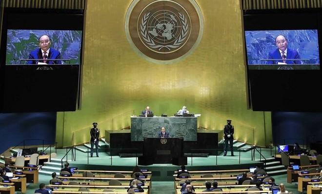 Chủ tịch nước Nguyễn Xuân Phúc phát biểu tại Phiên thảo luận chung cấp cao Đại hội đồng Liên hợp quốc (Ảnh: Vietnamplus.vn)