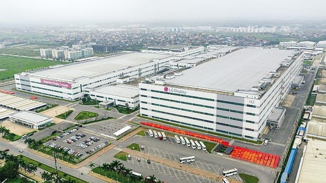 Có thêm dự án tỷ USD, trong đó có việc tăng vốn thêm 1,4 tỷ USD của LG Display, vốn đầu tư nước ngoài của Việt Nam đã tăng trở lại sau nhiều tháng suy giảm. Ảnh: Việt Linh